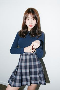 #mixxmix Check Pleated High-Waist Skirt (BVHR) A wearable take on the schoolgirl look, this pleated, checked skirt will make you feel preppy. #mxm #hideandseek #has #365basic #model #girlsfashion #lovelywomen #kstyle #koreangirls #koreanfashion #streetfashion #twinslook #dailyoutfit #styling #casual #lovely #young #stylish