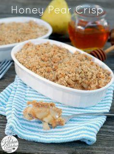 Honey Pear Crisp Recipe l www.a-kitchen-addiction.com