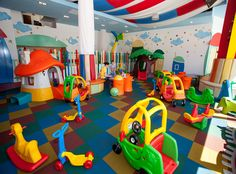 Indoor Playroom As Your Child's Playground 30 Daycare Rooms, Home Daycare, Kids Play Area, Kids Room, Indoor Playroom, Ecole Design, Daycare Design, Indoor Play Areas, Kids Indoor Playground