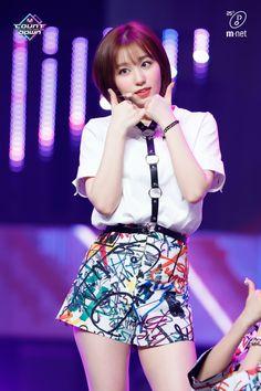 Kpop Girl Groups, Kpop Girls, Live On Air, Sora, Bias Wrecker, Pop Group, Vernon, Cool Girl, Short Dresses