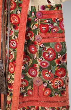 Hungarian Embroidery Date: Culture: Hungarian Medium: wool, leather, cotton Dimensions: Length at CB: 49 in. From the Brooklyn Museum Costume Collection at The Metropolitan Museum of Art - Hungarian Embroidery, Learn Embroidery, Vintage Embroidery, Embroidery Stitches, Embroidery Patterns, Hand Embroidery, Textiles, Looks Vintage, Chain Stitch