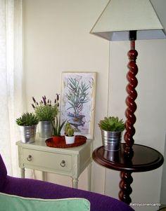 Lámpara velador... http://retroyconencanto.blogspot.com.es/2014/12/lampara-velador-decoracion-interiorismo.html
