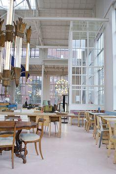 """Foto """"pinnata"""" dalla nostra lettrice Paola Formenton Eindhoven (Holland) : Piet hein Eek restaurant"""