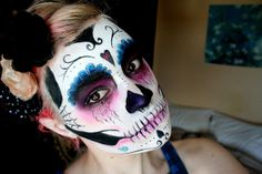 Halloween in April - Day of the Dead Makeup | make up mouse