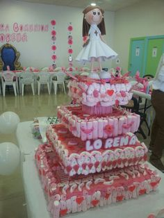 98d76577011 70 mejores imágenes de Comunion tartas chuches