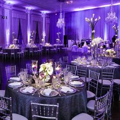 Glamorous purple wedding ideas are perfect for this time of year! With such a bold and beautiful color, get creative and spunky with your wedding plans. Mod Wedding, Trendy Wedding, Wedding Table, Dream Wedding, Wedding Day, Wedding Backyard, Wedding Cakes, Gothic Wedding, Glamorous Wedding