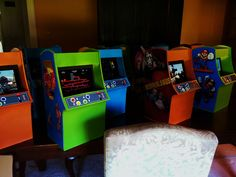 Video Game Party Centerpieces  by www.settingthemood.biz