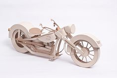 Cardboard Harley Davidson Advertising by Anderson Diego Lopes | Click through for the full post! #paperart