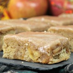Brownie Recipes, Candy Recipes, Cookie Recipes, Dessert Recipes, Apple Pie Bars, Pecan Pie Bars, Fall Desserts, Delicious Desserts, Apple Blondies Recipe