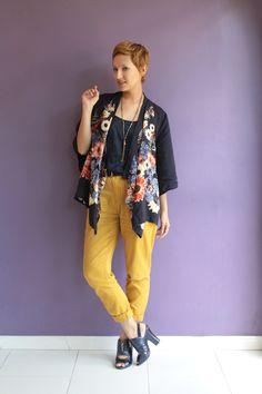 Look do dia: quimono e calça amarela - Blog De repente Tamy | Moda, beleza e look do dia todos os dias! | www.derepentetamy.com Blog De repente Tamy | Moda, beleza e look do dia todos os dias! | www.derepentetamy.com