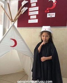 School Teacher, Pre School, Shining Star, Painting Lessons, Kidsroom, Activities, Montessori, Chop Saw, Extracurricular Activity