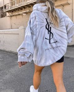Cute Lazy Outfits, Trendy Outfits, Girl Outfits, Fashion Outfits, Fashion Shoes, Urban Outfits, Moda Tie Dye, Trendy Hoodies, Outfits With Hoodies