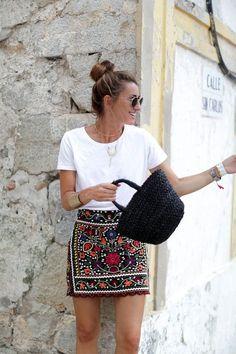 Cute patterned skirt for summer! #skirt #dress #shopping #ootd