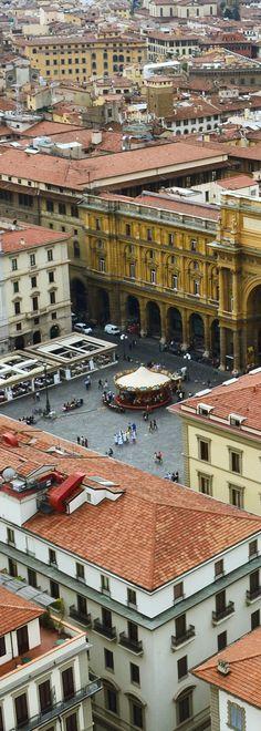 Piazza della Repubblica #florence #firenze #florenca #italia #italy #tuscany #toscana #piazzadellarepubblica #phototakenbyme