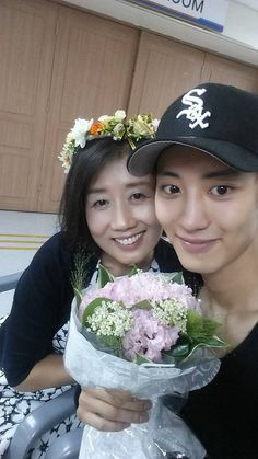 Channie and his beautiful mother. 160731 #Chanyeol #EXO