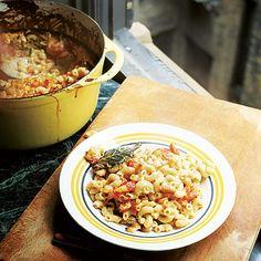 Jamie Oliver: macaroni met kaas, uit het kookboek 'Jamie's Amerika'. Kijk voor de bereidingswijze op okokorecepten.nl.