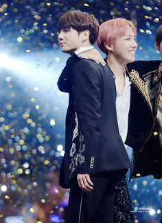 """•161202 BTS' JUNGKOOK & JHOPE @ MAMA 2016    They won """"Best dance performance male group"""" and Daesang """"ARTIST OF THE YEAR"""""""