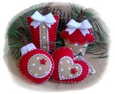 Felt christmas ornaments by Bugacfilc red and brown with hearts Barna piros díszek szív mintás filccel