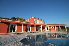 May we present to you http://www.homesud.co.uk/holiday-rentals-villa-CANNES-fiche-0050-3.html