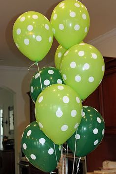dinosaur-party-ideas. These balloons or a mix of different colored spotted balloons as dinosaur eggs