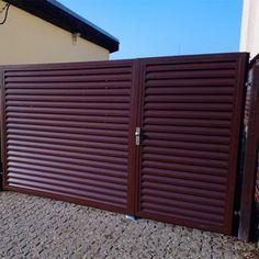 Dvoukřídlá hliníková brána - realizace Uherský Brod Garage Doors, Outdoor Decor, Home Decor, Pictures, Decoration Home, Room Decor, Home Interior Design, Carriage Doors, Home Decoration