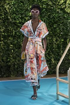 SS18 Look 2 - Emilio Pucci Official Website