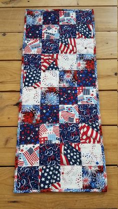 Red White and Blue Quilted Table Runner Patriotic Table Flag Quilt, Patriotic Quilts, Patriotic Crafts, Quilt Blocks, 24 Blocks, Quilt Art, July Crafts, Kids Crafts, Quilted Table Toppers