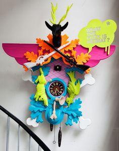 Neon cuckoo clock: karl lagerfeld's pad KEREEEEN