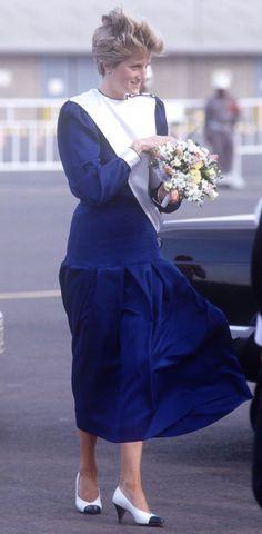 1986-11-19 Diana and Charles arrive in Jeddah, Saudi Arabia