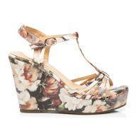 Největší internetový obchod s obuví, nejnovější trendy, slevy, výprodeje. Módní kozačky, balerínky, lodičky, kotníkové boty, sandály, trepky, tenisky. Trendy, Wedges, Shoes, Fashion, Moda, Zapatos, Shoes Outlet, Fashion Styles, Shoe