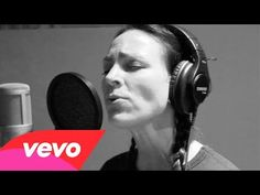Joey+Rory - Amazing Grace (Live) - YouTube...love this song and love her voice...perfect combination!
