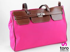 #Handbag #Pink. Pretty in hot Pink. Simply an elegant.  www.servitoro.com
