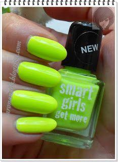 Funny Nails: Neonek, neonek, znalazłam do na plaży... yyy...?!