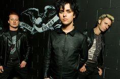 Green Day's 'Bang Bang' Hits No. 1 on Mainstream Rock Songs Chart | Billboard…