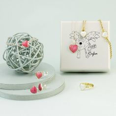 Rufsa barnesmykker i sølv og emalje fra Opro - norske emaljesmykker Barn, Warehouse, Barns, Shed