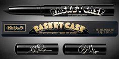 Kat Von D Basket Case Eyeliner, collaborazione con Billie Joe Armstrong - https://www.beautydea.it/kat-von-d-basket-case-eyeliner-billie-joe-armstrong/ - Due anime rock, Kat Von D e Billie Joe dei Green Day, danno vita al nuovissimo Eyeliner Basket Case!