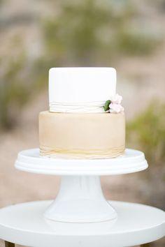 15 wedding cakes we adore: http://www.stylemepretty.com/2014/08/07/15-wedding-cakes-we-adore/ | Photography: http://brycecoveyphotography.com/