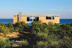 eco-homes-beach-house-design-surfside-residence (1)