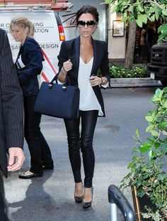 VB-leather leggings, long white tee & blazer