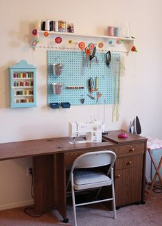 [Sewing%2520Table%2520and%2520Sewing%2520Pegboard%255B4%255D.jpg]