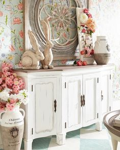 This cabinet is a great addition of classic charm of French Country decor. It's a style that always looks fresh and welcoming. It is casual, versatile, romantic and always a treat to come home to. English Country Decor, French Country Bedrooms, French Decor, French Country Decorating, Unique Home Decor, Home Decor Items, Visual Merchandising, Minimalist Bedroom, My Living Room