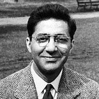 Abner Cohen (1921-2001) a jeho dvojdimenzionální člověk. Podle Cohena nelze náboženství redukovat na moc. Mocenská sféra a sféra náboženství představují odlišné, byť ne nezávislé, roviny.