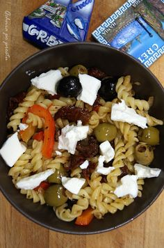 Grecki makaron z serem feta Cobb Salad, Feta