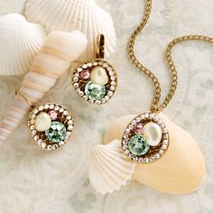Pastel glass beads in this jewelry set help welcome in the delicate, warm colors of new spring fashion. Pastello Jewelry | National Geographic Store