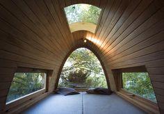 Egg-shaped treehouse 2