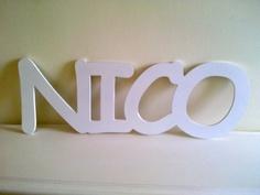 Nombre de Nico para pegar a la pared