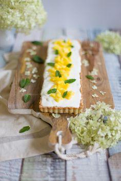 Alles und Anderes: Für sonnige Sommertage: Mango-Tarte mit frischer Minze und Joghurt-Limetten-Creme