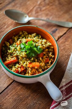 Orzo curry e verdure
