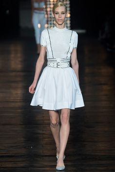 Diesel Black Gold New York - Spring Summer 2015 Ready-To-Wear - Shows - Vogue. Fashion Week Nyc, New York Fashion, 2016 Fashion Trends, Runway Fashion, Fashion Show, Fashion Outfits, Fashion Design, Spring Summer 2015, Spring Summer Fashion