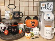 coffee bar ideas Coffee Station Ideas that will transform your home and your life! Treat yourself to the best mornings with these easy, cheap and small DIY coffee bar ideas. Halloween Home Decor, Halloween Design, Diy Halloween Decorations, Halloween House, Fall Home Decor, Disney Halloween, Halloween Diy, Happy Halloween, Autumn Decorations